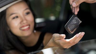 """Những lưu ý """"vàng"""" khi lái xe phụ nữ cần biết để tránh gây tai nạn đáng tiếc - ảnh 1"""