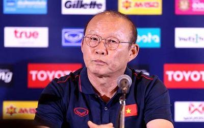 """""""Choáng"""" với mức lương thầy Park nhận được sau khi gia hạn hợp đồng với VFF - ảnh 1"""