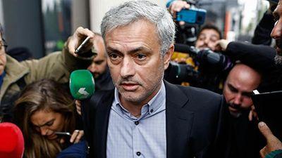 Mourinho nhận án tù 1 năm vì tội trốn thuế - ảnh 1