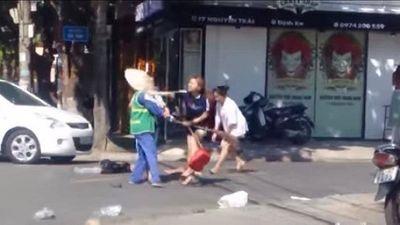 Vụ nữ lao công ở Quảng Trị bị đánh: Phạt nữ chủ shop 2,5 triệu đồng - ảnh 1