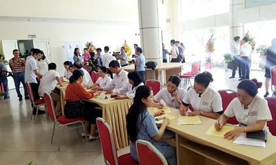 Huế: Hàng trăm cán bộ, bác sĩ tình nguyện đăng ký hiến tạng - ảnh 1