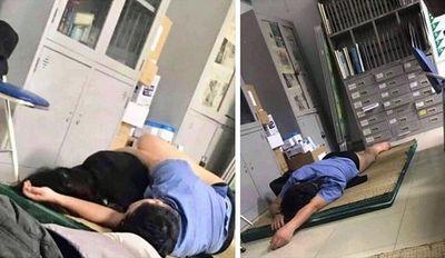 """Tạm đình chỉ bác sĩ """"ôm sinh viên ngủ trong ca trực"""" - ảnh 1"""
