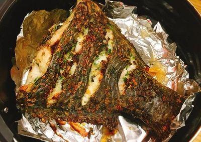 Món cá vàng giòn, thơm ngon, không sợ bắn mỡ với nồi chiên không dầu - ảnh 1