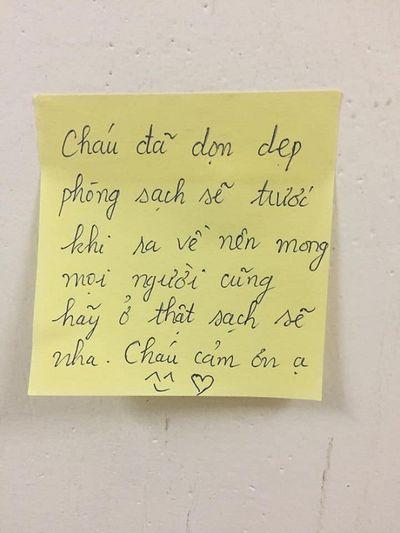 """Thức đến 2h sáng viết lời nhắn đến người cách ly, nữ sinh khiến dân mạng thốt lên """"đáng yêu quá"""" - ảnh 1"""