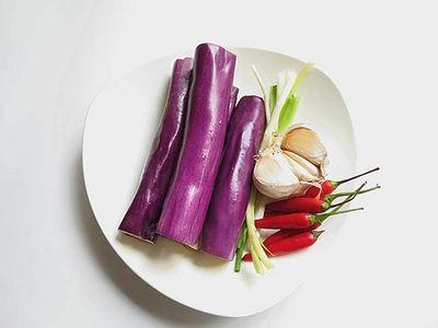 """Không phải thịt heo, cà tím đem chưng với thứ này mới gọi là """"cực phẩm"""" - ảnh 1"""