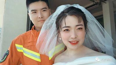 Đang chụp ảnh cưới chú rể đột nhiên quay lưng bỏ chạy, biết được lý do ai cũng cảm phục - ảnh 1
