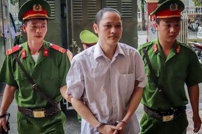Xét xử gian lận thi cử Hà Giang: Bị cáo Nguyễn Thanh Hoài khai gì? - ảnh 1