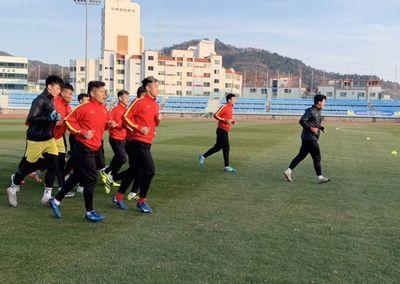 Thầy Park tiết lộ lý do U23 Việt Nam phải khổ luyện dưới thời tiết 5 độ C ở Hàn Quốc - ảnh 1