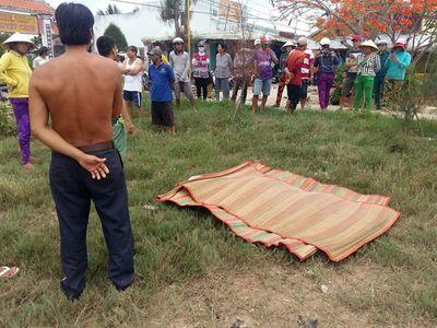 Người dân tá hỏa phát hiện cụ ông 72 tuổi tử vong trên sông - ảnh 1