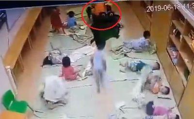 Nữ giáo viên tát học sinh tím mặt, bầm môi ở Hà Nội bị hoảng loạn tinh thần, tìm cách tự tử - ảnh 1