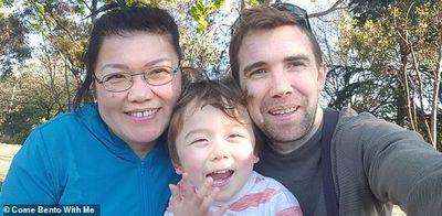 """Khoe """"gia tài"""" bữa ăn cho con trai, bà mẹ gốc Việt bỗng dưng nổi tiếng khắp mạng xã hội  - ảnh 1"""