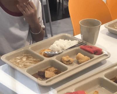 Diễn biến mới nhất vụ bữa ăn bán trú tại trường quốc tế Việt Úc khiến phụ huynh bật khóc - ảnh 1