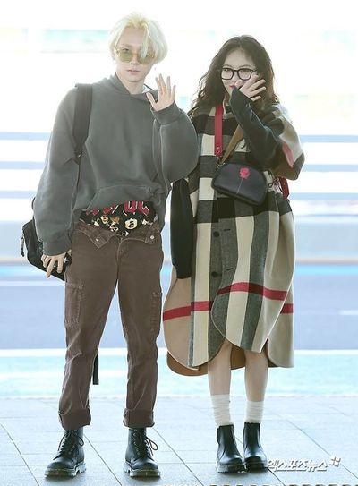"""Vũ Khắc Tiệp mặc quần """"quên kéo khóa"""" tại tuần lễ thời trang Milan khiến dân mạng bất ngờ - ảnh 1"""