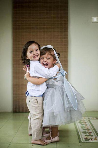 """Những khoảnh khắc đẹp tựa thiên thần của cặp song sinh nhà """"Bống"""" Hồng Nhung - ảnh 1"""
