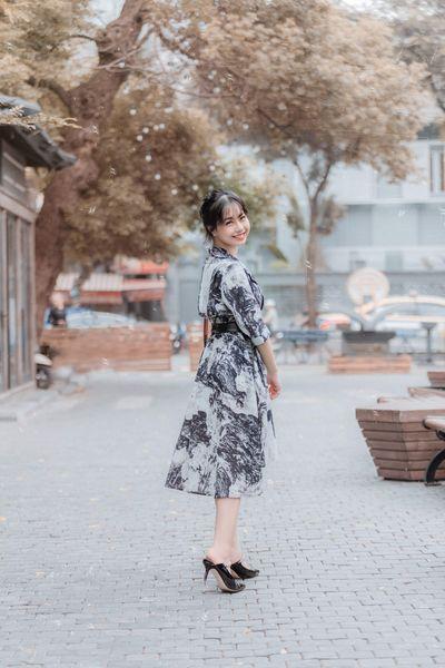 Ảnh chụp lén đẹp xuất sắc của nữ giảng viên trường đại học Kinh tế Quốc dân - ảnh 1