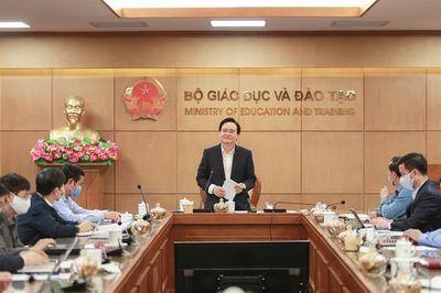 Bộ trưởng Phùng Xuân Nhạ yêu cầu khẩn trương công bố đề tham khảo thi THPT quốc gia 2020 - ảnh 1