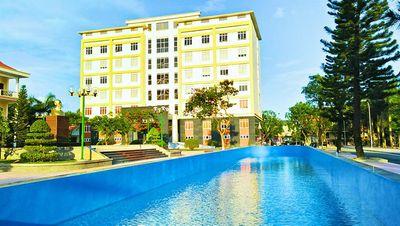 Cận cảnh trường đại học Hạ Long - nơi Chủ tịch tỉnh UBND tỉnh Quảng Ninh kiêm nhiệm hiệu trưởng - ảnh 1