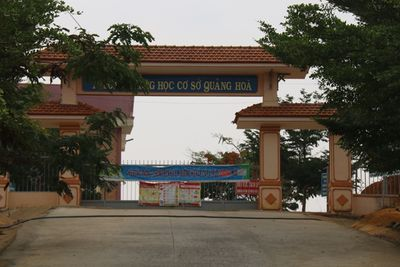 Một lớp học ở Đắk Nông có 5 học sinh lập gia đình trong thời gian nghỉ học vì dịch Covid-19 - ảnh 1