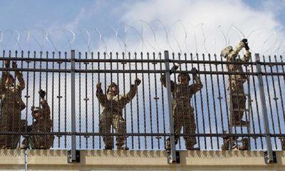 Hạ viện Mỹ phê chuẩn tài trợ 5,7 tỉ USD xây tường biên giới với Mexico  - ảnh 1
