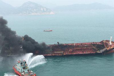 Vụ cháy tàu chở dầu Việt Nam: Tìm thấy thi thể một thuyền viên mất tích  - ảnh 1