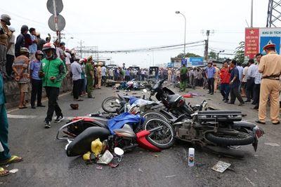 Bộ trưởng GTVT: Siết chặt công tác đào tạo, cấp bằng lái xe sau vụ tai nạn kinh hoàng tại Long An - ảnh 1