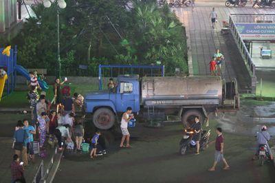 Hà Nội hỗ trợ nước sạch 24/24h cho người dân bị ảnh hưởng bởi sự cố tại nhà máy nước sông Đà - ảnh 1