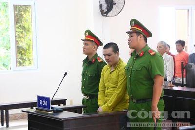 Kẻ giết người, cướp tài sản ngất xỉu khi nghe tòa tuyên án tử - ảnh 1