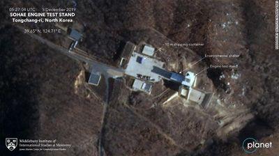 Hình ảnh vệ tinh hé lộ việc Triều Tiên khôi phục bãi phóng tên lửa từng cam kết phá bỏ - ảnh 1