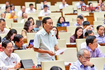 ĐBQH đề xuất Chính phủ xem xét có thể bỏ thi THPT, chỉ xét tuyển cấp bằng - ảnh 1