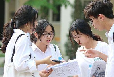 Vụ hàng loạt bài thi tăng điểm mạnh sau phúc khảo: 34 thí sinh bị điểm 0 không tô sai, tô mờ - ảnh 1