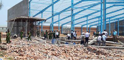 Tin tức thời sự mới nhất ngày 4/8: Hàng loạt sai sót tại công trình bị sập tường khiến 7 người chết - ảnh 1