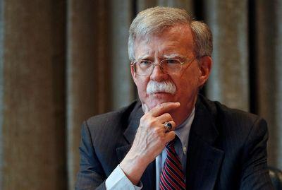 Tổng thống Trump bất ngờ sa thải Cố vấn An ninh Quốc gia John Bolton? - ảnh 1