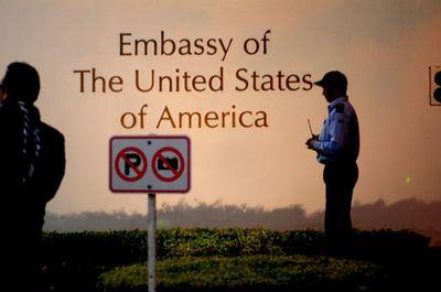 Bắt nghi phạm cưỡng hiếp bé gái 5 tuổi trong khuôn viên Đại sứ quán Mỹ - ảnh 1