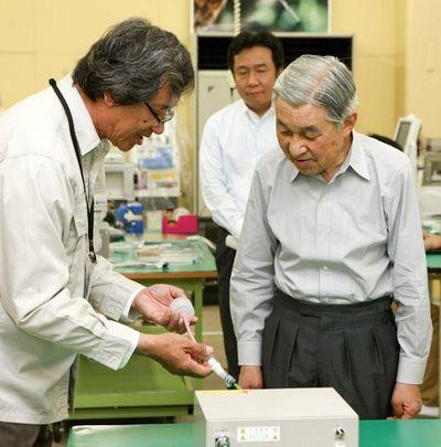 Nhà khoa học sáng chế máy thở dạng không xâm lấn dành riêng cho Việt Nam - ảnh 1