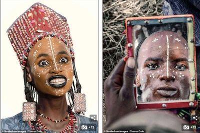 Bộ tộc kỳ lạ: Đàn ông dành hàng giờ soi gương, trang điểm để quyến rũ vợ - ảnh 1