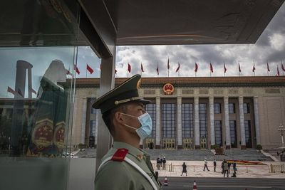 Chủ tịch Tập Cận Bình yêu cầu quân đội Trung Quốc tăng cường huấn luyện - ảnh 1