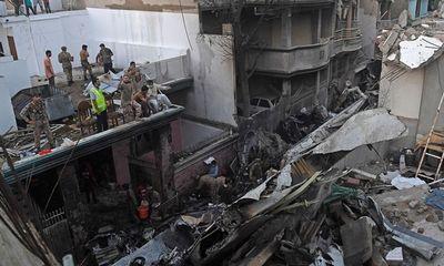 Vụ tai nạn máy bay khiến 97 người chết tại Pakistan: Hé lộ đoạn đối thoại cuối cùng của phi công - ảnh 1