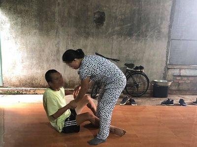 Bi kịch của người vợ hơn 20 năm ôm con khuyết tật đi tìm chồng trong nỗi đắng cay - ảnh 1