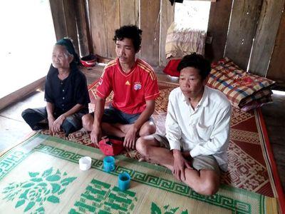 Khẩn trương điều tra vụ xe chở gỗ lậu không đèn đâm chết 2 người ở Quảng Bình - ảnh 1