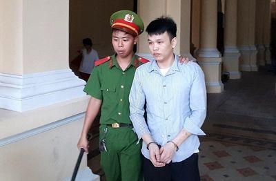 Nam thanh niên đâm chết người yêu vì đòi chia tay lãnh 18 năm tù - ảnh 1
