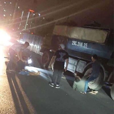 Tin tức tai nạn giao thông mới nhất hôm nay 12/9/2019: Va chạm với xe tải, hai thanh niên tử vong - ảnh 1