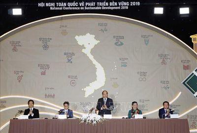 Thủ tướng Nguyễn Xuân Phúc chủ trì Hội nghị toàn quốc về Phát triển bền vững 2019 - ảnh 1