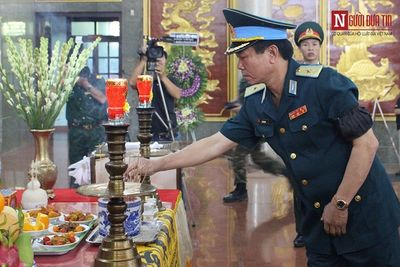 Trang trọng lễ tang Đại tá Nguyễn Văn Bảy theo nghi thức quân đội - ảnh 1
