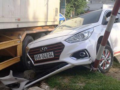 Tin tức tai nạn giao thông mới nhất hôm nay 8/9/2019: Xe container tông chết thầy giáo rồi bỏ chạy - ảnh 1