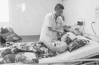 Đắk Lắk: Nghẹt thở ca phẫu thuật u não 0,5kg đầu tiên bằng định vị Navigation - ảnh 1