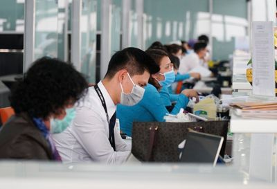 Bộ Y tế khuyến cáo cách phòng, chống dịch Covid-19 đối với trung tâm thương mại, khu du lịch, khách sạn,... - ảnh 1