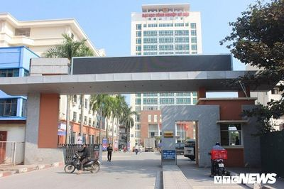 """Vì sao sinh viên đại học Công nghiệp Hà Nội vẫn phải tới trường giữa """"bão"""" dịch corona? - ảnh 1"""