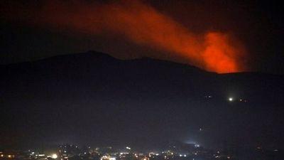 Israel ồ ạt phóng tên lửa, pháo kích vào Syria, Nga lên tiếng chỉ trích - ảnh 1