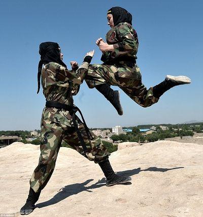 Tiết lộ về đội nữ đặc nhiệm 'ninja' của Iran trong bối cảnh căng thẳng với Mỹ - ảnh 1