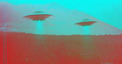 Nghị sĩ Mỹ thừa nhận quốc hội đang điều tra về việc binh sĩ nhìn thấy UFO - ảnh 1